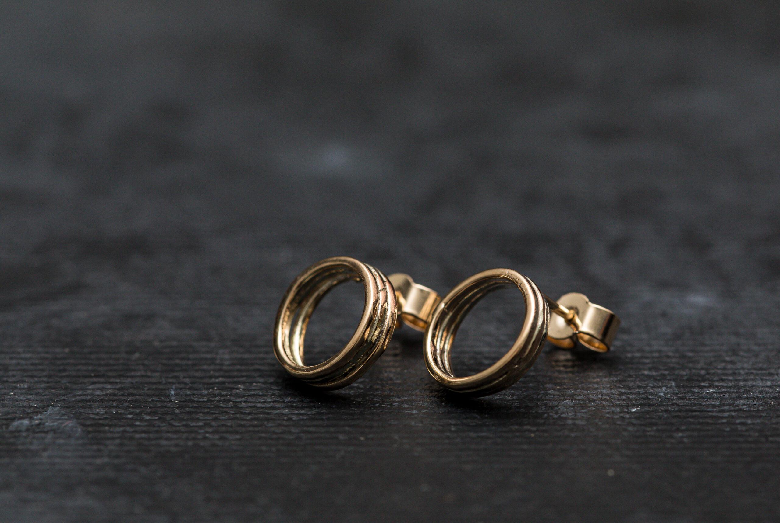 Doorus Gold Studs